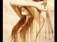 girl-arrows-fading-web